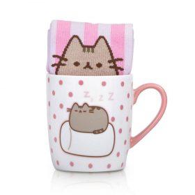 Sleepy Pusheen auf Marshmallow – Tasse mit Socken – 5